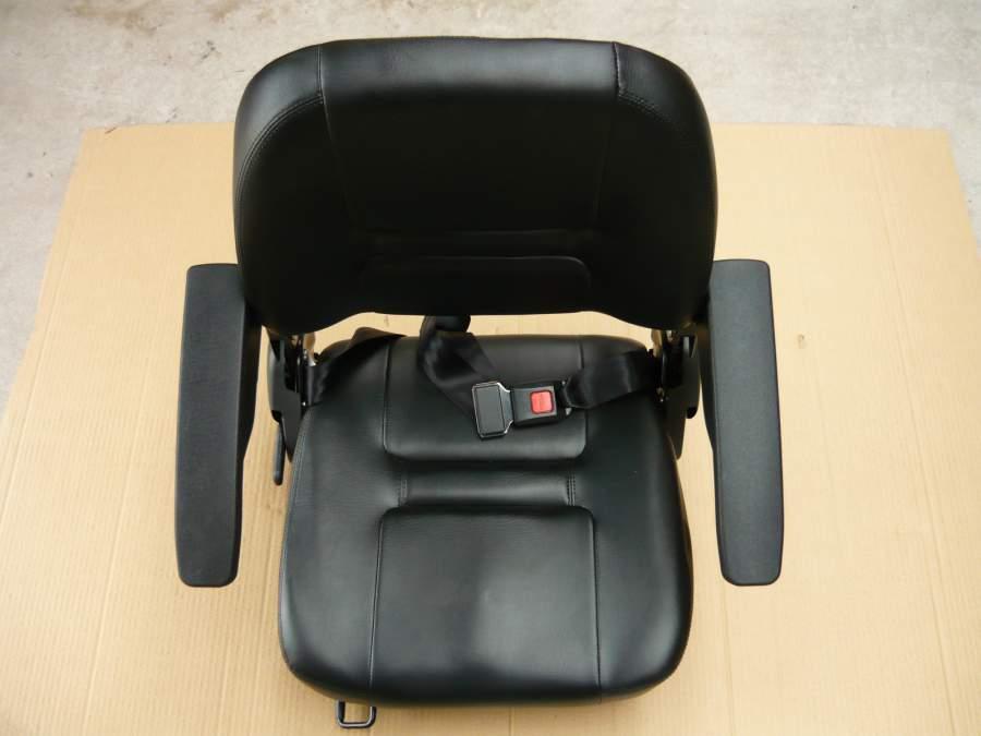 Ülés elektromos triciklihez felhajtható kartámmal